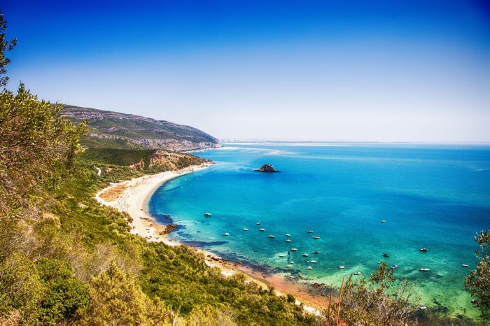 5-Day Tour of Portugal / Around Lisbon / Private
